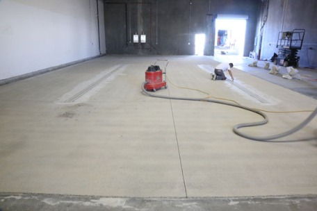 The floor is ready for the coating.