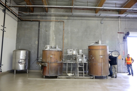 Smog City brewhouse in it's new home!