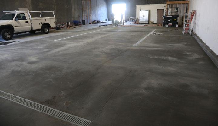 hello floor and amarilla gorilla! | smog city brewing